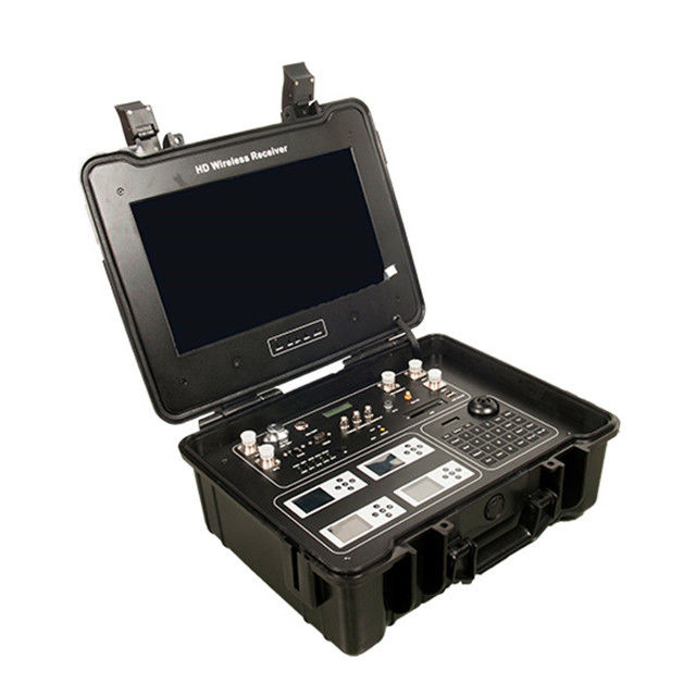 300MHz-800GHz COFDM Video Receiver 4 Channel Portable Suitcase For Transmitter